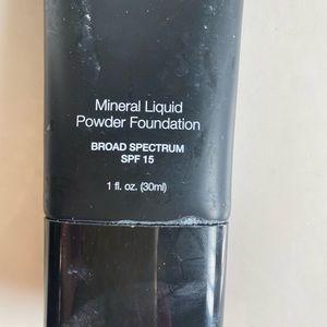 Mineral liquid powder foundation tender beige